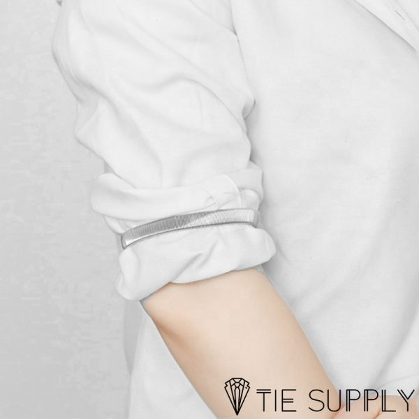 silver-shirt-sleeve-armbands-situ